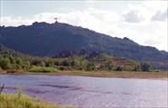 На горе у оз.Колыванское идет стройка