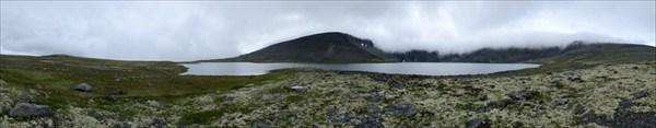 Туман на озере Райявр