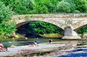 Старинный каменный мост