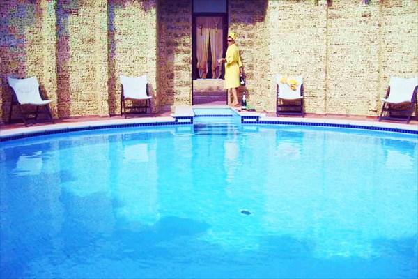 Бассейн в Surf-хаусе