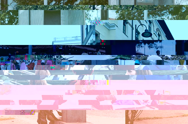 Мальчик наблюдает за карнавалом (Сьюдад Боливар)