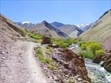 Вперед и налево будет деревня Румбак