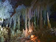 Макаронная завеса-пещера-источник Мчишта