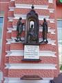 На Екатерининской площади была заложена церковь