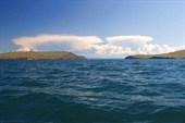 пролив между `материком` и островом Ольхон