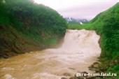 Водопад на реке Шумной, Налычевский природный парк