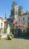 Руан. вид на собор Сен-Круа из особняка Гросло