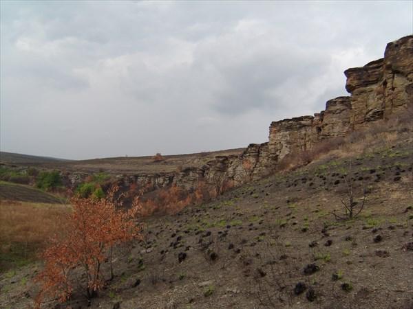 Долина каменных лиц