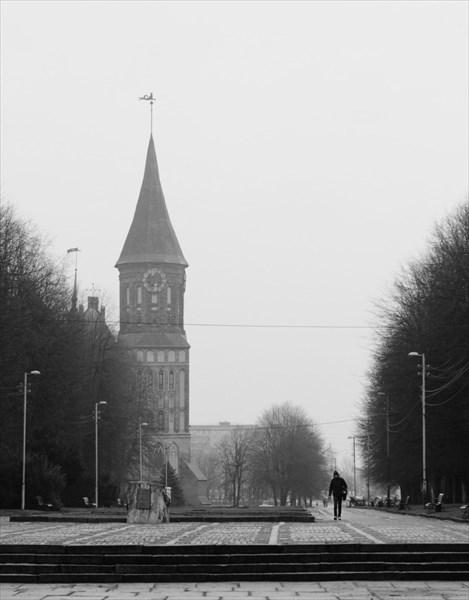 на фото: Главный кафедральный собор