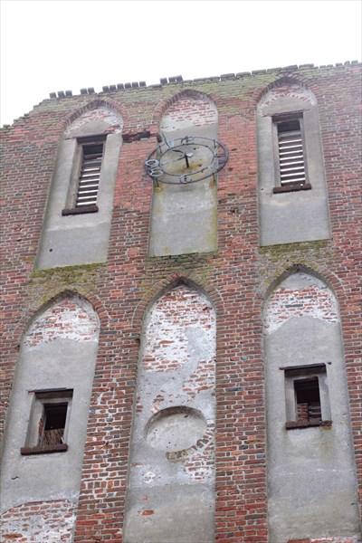 Остатки кирхи рядом с Бранденбургским замком