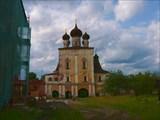 Церковь Сретения Господня. Вид с территории