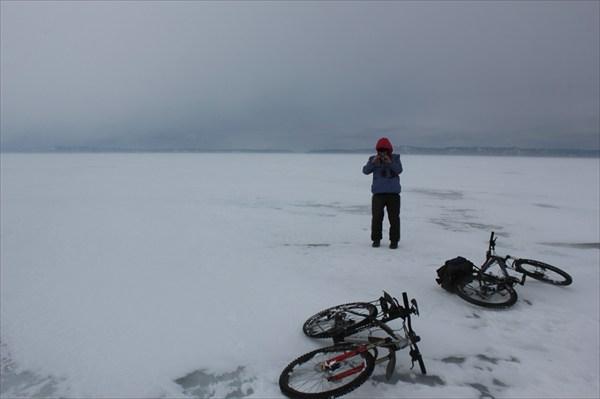 на фото: Добрались до льда. 2013-03-16-14:10:01