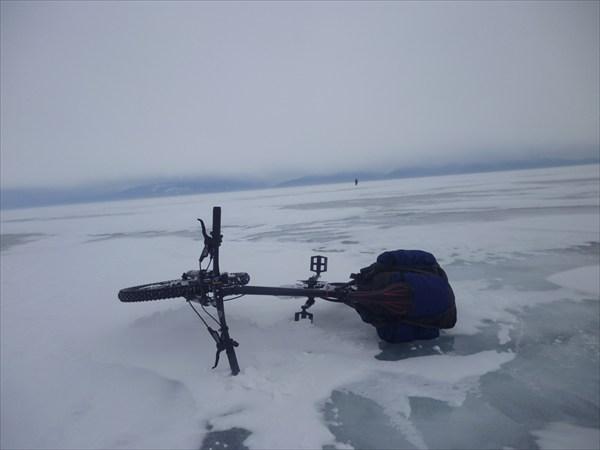 Посреди озера-моря. 2013-03-16-15:19:43
