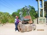 Памятник строителям дороги.