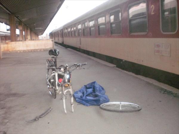 Поезд Бургас-София