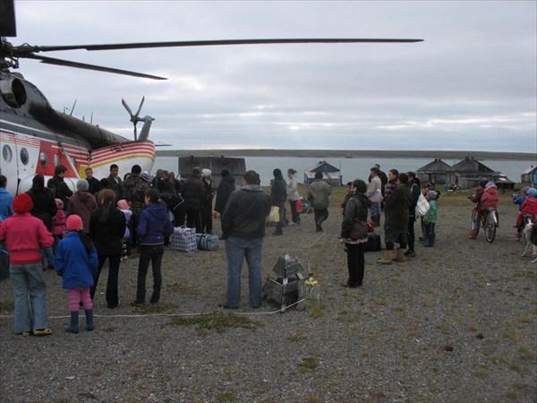 IMG_9169 У вертолета.