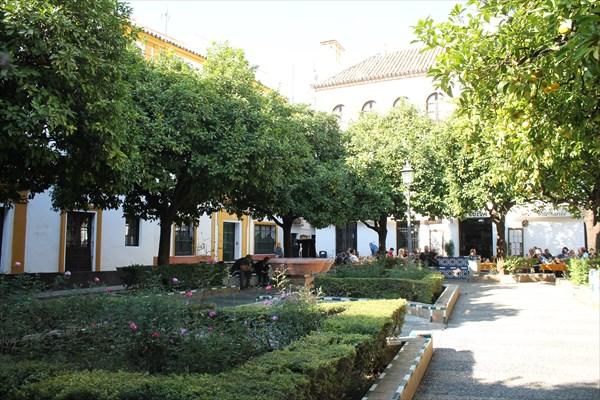 Площадь Донья Эльвира