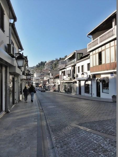 Улица, ведущая к Старому городу