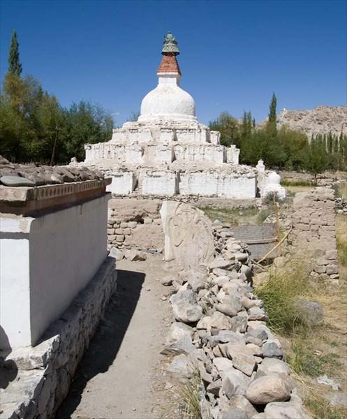 Снова религиозные сооружения