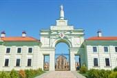 Ворота Ружанского дворца