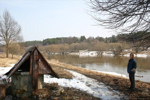 на берегу Москвы реки