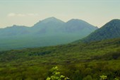 Вид на Бештау с Селитриных скал
