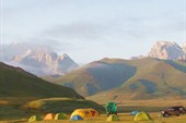 Базовый лагерь в долине реки Кок-Кия