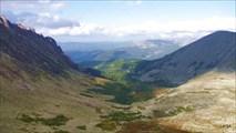 Ергаки. Вид с пер. Беркут на дол. притока Б.Тайгиша