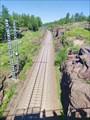 Железная дорога, прорубленная в скалах