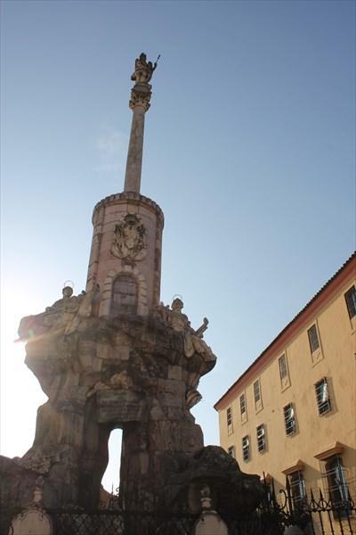 Памятник Святому Архангелу Рафаилу