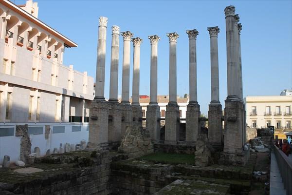 Развалины Римского Храма