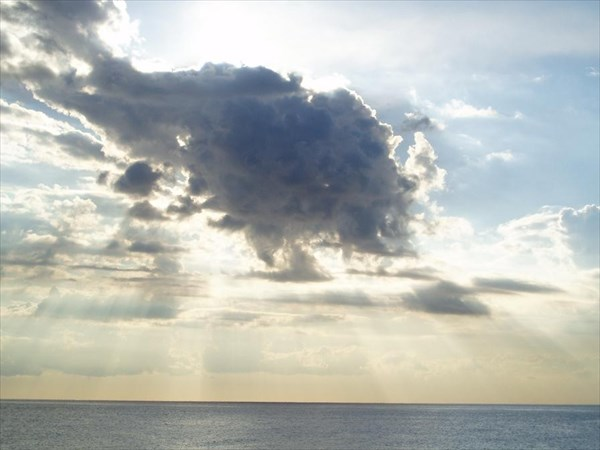 037-05.09.05-Гагра-Облака-2