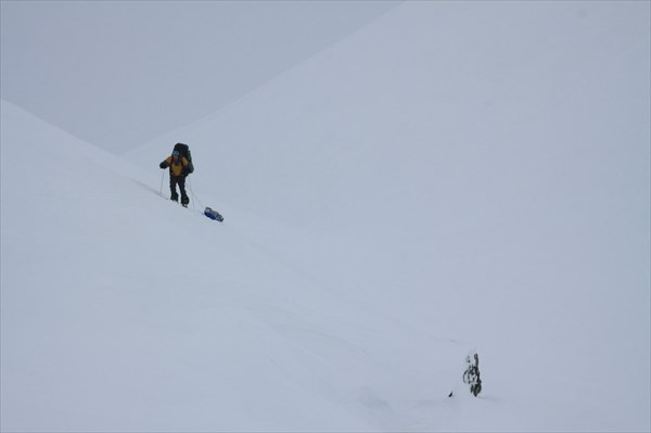 Подъём на перевал Зиг-заг. Фото Алексея Серова.
