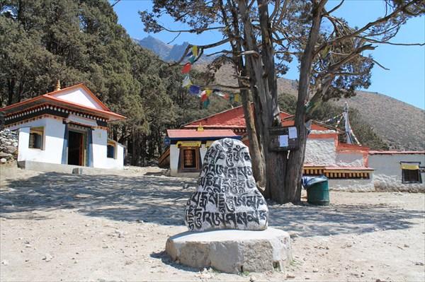 Монастырь в Кумджунге