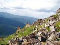 Один из отрогов Дуссе-Алиня, высота 1.500 м.