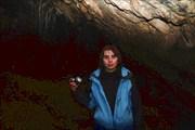 Катя в пещере