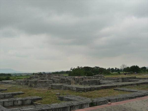 Остатки дворцов