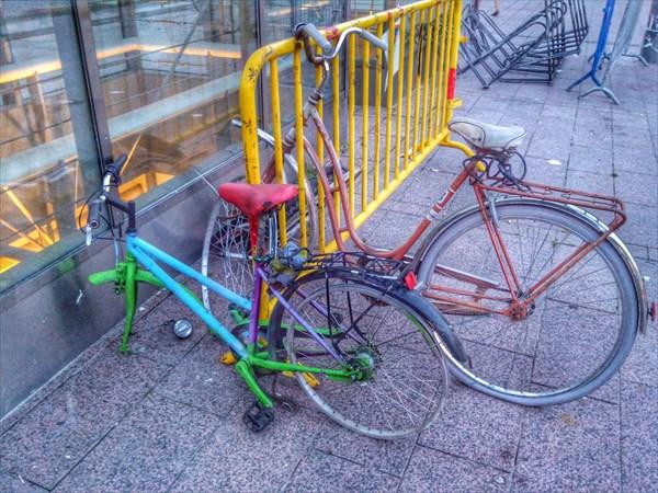 Хельсинки. Малая часть от огоромного числа безхозных велосипедов