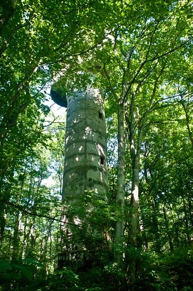 Вторая из найденных мной дальномерных башень