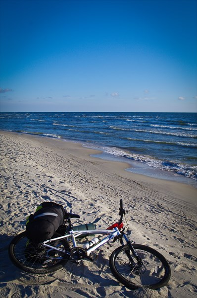 Пляж Клайпеды на Куршской косе. Остановился искупаться