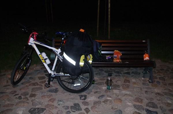 Городок Салдус, Латвия, час ночи.