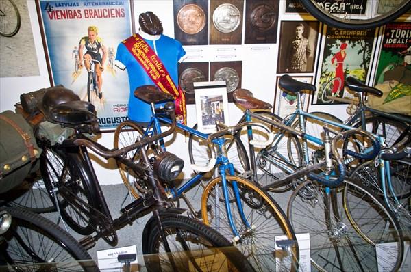 Велосипеды фашистcких войск и спортивные велосипеды СССР