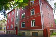 Таллин, район Каламайя. Дом, где жил Довлатов на ул. Вабрику.