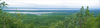 Вид на озеро Варчаты и Дзеля-Варчаты с хребта Онастэре