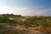 песчаная дюна а за ней море