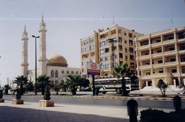 Современные кварталы на окраинах Алеппо