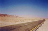Дорога через пустыню к оазису Пальмира