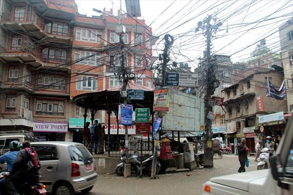 Оживленная площадь в Катманду