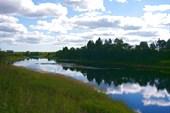 Река вытекающая с озера