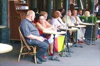 Парижское уличное кафе